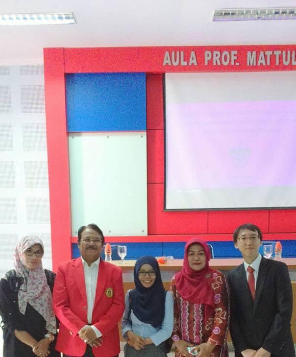Left2Rigth: Kk Yuli Yastiani, Prof. Hamzah, Ning, Istri Prof. Hamzah, dan Dr. Lee Juyoung.